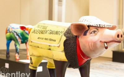 Jack and Jill's Pigs On Parade Auction